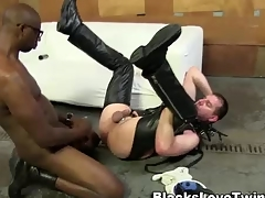Unskilled bdsm ebony cums