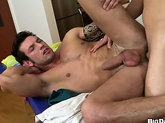 This hot ass massage turned improper when make an issue of masseur stuffed his appliance round his custom man ass