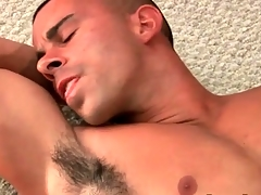 Muscular hottie masturbates fat cock with an increment of cums