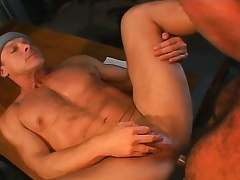 Muscled gay mechanics do business a hardcore threesome in hammer away garage